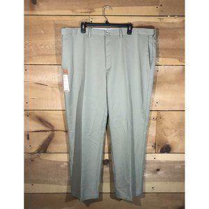 NWT Haggar Cool 18 Performance Pant Size 44x30